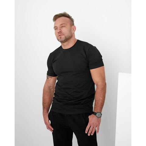 Базова чоловіча футболка чорного  кольору