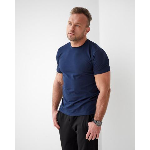 Стильна чоловіча футболка 1812 без малюнку темно синього кольору